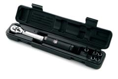 SuperB 88800, Динамометрический ключ 3-14 Nm с насадками шестигранников и торкс на блистере